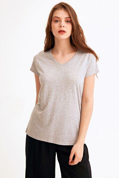 Kadın Gri V Yaka Basic Tshirt