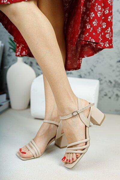Ten Biyeli Sandalet