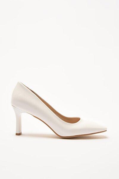 Beyaz Kadın Klasik Topuklu Ayakkabı 01AYY209170A900