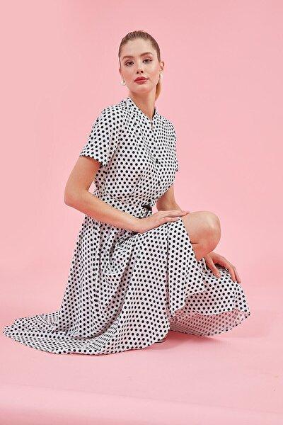 Elbise-dik Yaka, Ön Tüm Düğme, Bel Kuşağı Toka Detaylı, Kısa Kol