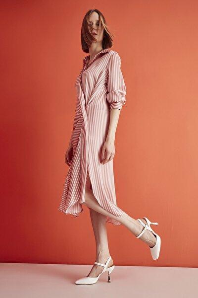 Beyaz Kadın Klasik Topuklu Ayakkabı 01AYH213400A900