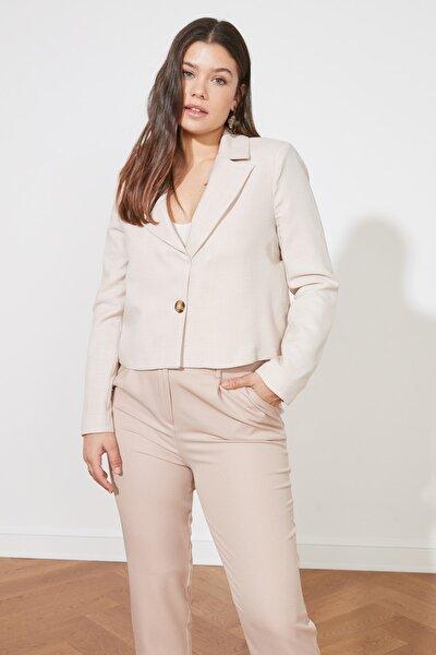 Taş Düğmeli Crop Blazer Ceket TWOSS21CE0140