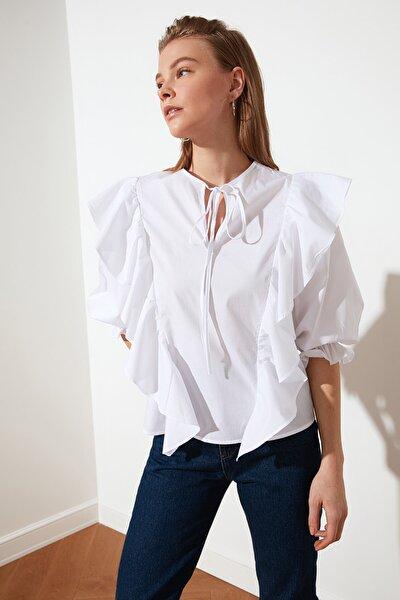 Beyaz Fırfır Detaylı Bluz TWOSS20BZ0070