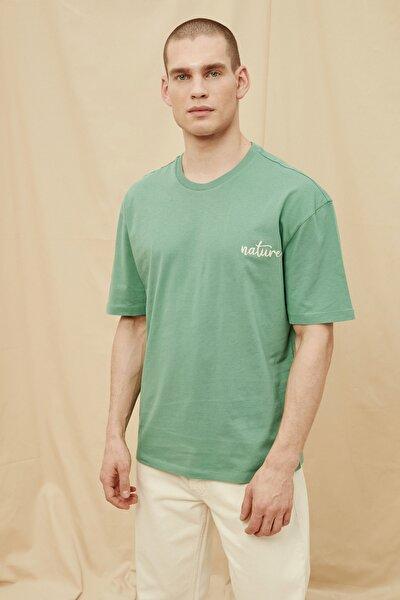 Yeşil Erkek  %100 Organik Pamuk Oversize Fit T-Shirt TMNSS21TS1471