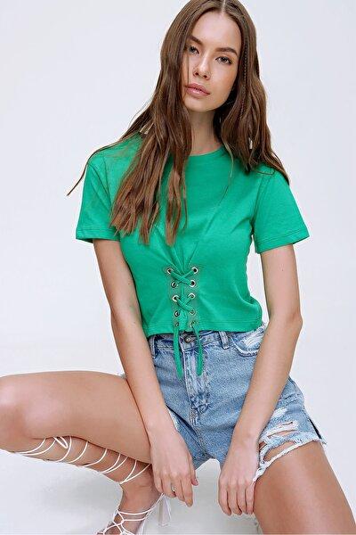 Kadın Yeşil Bisiklet Yaka Bağcıklı Crop T-Shirt ALC-X5976