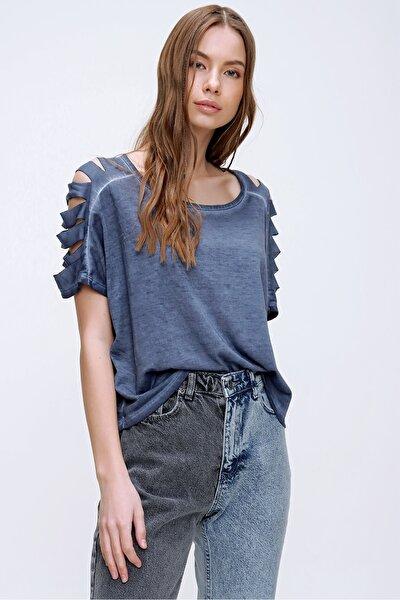 Kadın Lacivert Kolları Lazer Kesimli Yıkamalı T-Shirt MDA-1122