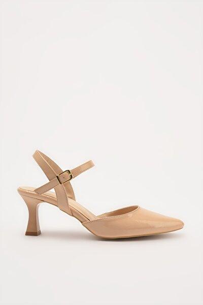 Naturel Kadın Klasik Topuklu Ayakkabı 01AYH214400A330
