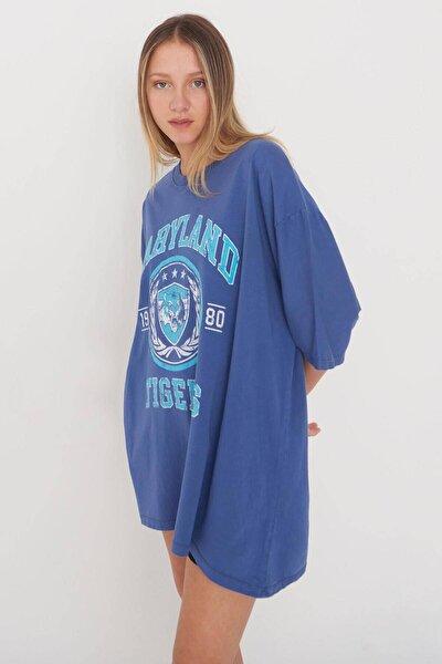 Kadın İndigo Baskılı Oversize T-Shirt P9546 - B5 Adx-0000023996