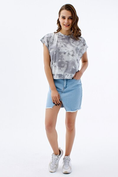 Kadın Gri Kolsuz Batik Desenli Örme T-Shirt
