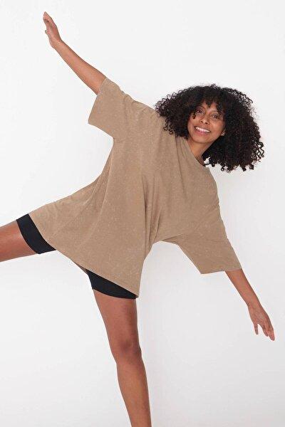 Kadın Açık Kahve Batik T-Shirt P1118 - J9 Adx-0000023700
