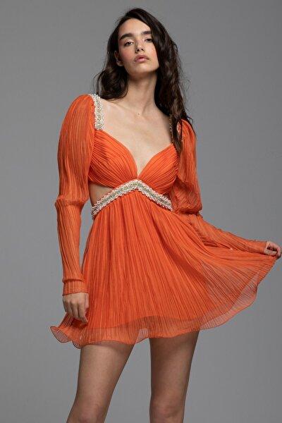 Pilise Şifon Bel Işlemeli Mini July Elbise