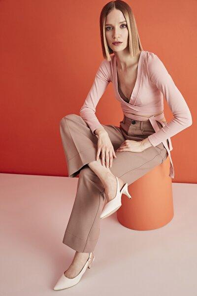 Kemik Kadın Klasik Topuklu Ayakkabı 01AYH205370A400