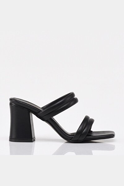 Siyah Yaya Kadın Sandalet & Terlik