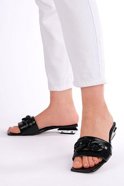 Kadın Siyah Rugan Topuklu Terlik Ranti