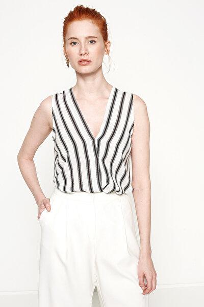Kadın Siyah Çizgili Bluz 7YAK63291EW