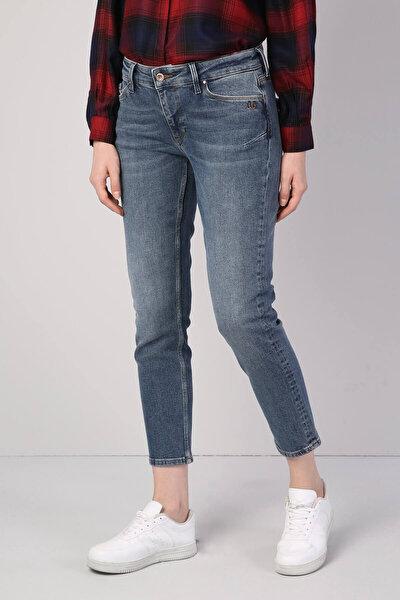 KADIN 891 Maya Orta Bel Daralan Paça Slim Fit Mavi Kadın Jean Pantolon CL1041707
