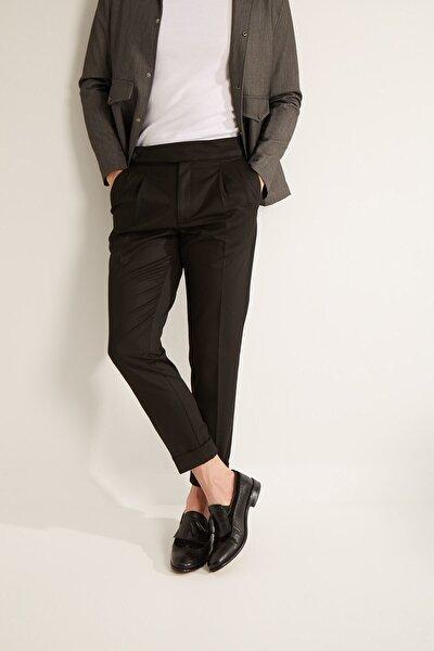 Erkek Siyah Havuç Kalıp Uzun Dilli Çift Pileli Pantolon