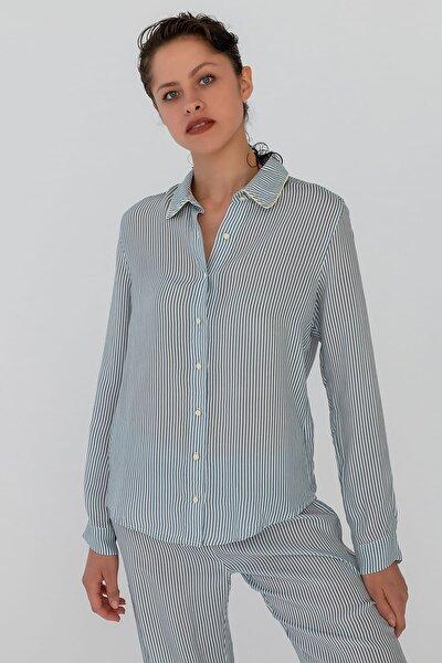 Kadın Lacivert Çizgili Gömlek Model Uzun Kollu Cupro Pijama Üstü