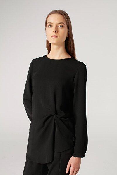 Kadın Siyah Düğüm Detaylı Bluz 18KGMZL1012007