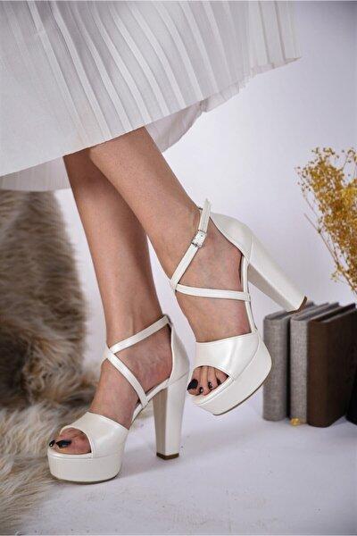 Kadın Beyaz Kalın Topuklu Platformlu Gelinlik Ayakkabısı
