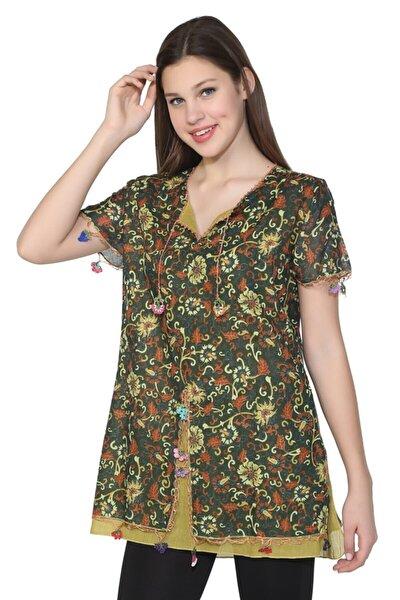 Kısa Kol Çiçek Desen Bluz