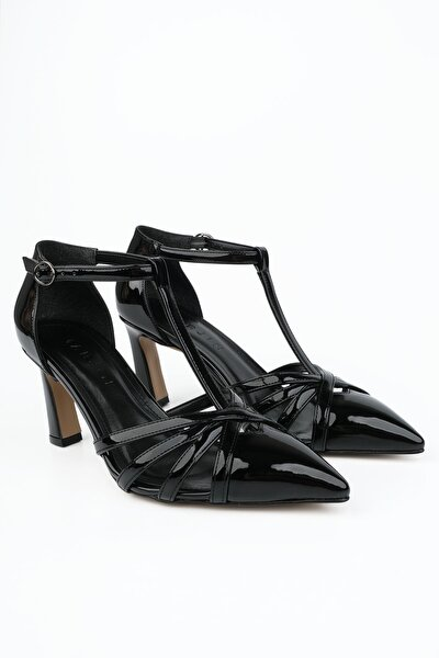 Kadın Siyah Rugan Klasik Topuklu Ayakkabı Aksiler