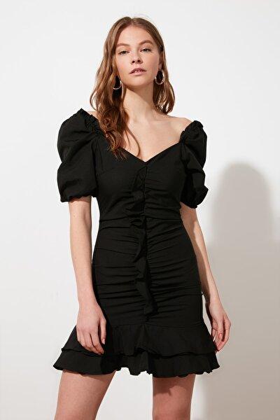 Siyah Yaka Detaylı Elbise TWOSS21EL1958