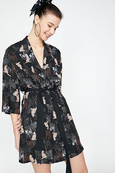 Kadın Siyah Klasik Yaka 3/4 Kollu Beli Bağlamalı Mini Elbise 9YAL88261IW