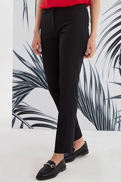 Kadın Siyah Kumaş Pantolon