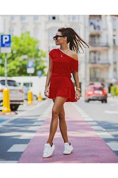 Kayık Yaka Eteği Pliseli Viskon Kumaş Elbise 85cm