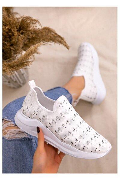 Kadın  Beyaz Boncuk Işlemeli Spor Ayakkabı
