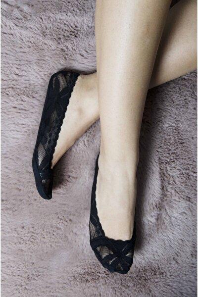 Kadın Siyah Dantelli Silikonlu Babet Çorap