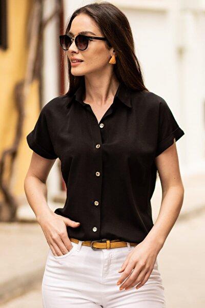 Kadın Siyah Kısa Kol Gömlek ARM-19Y001065