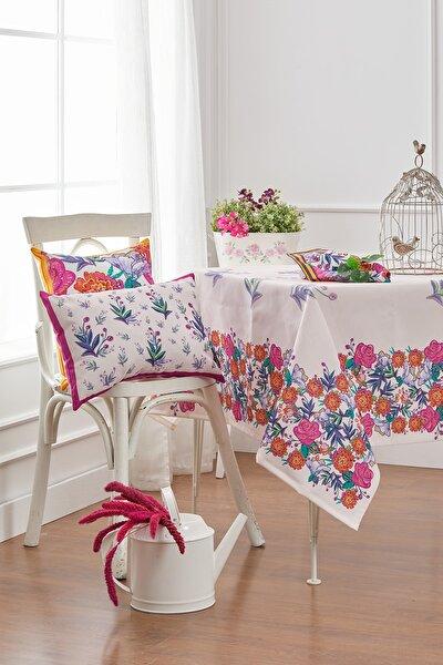Çiçekli Masa Örtüsü