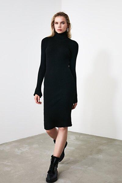Siyah Kol Ucu Volanlı Triko Elbise TWOAW20YN0005