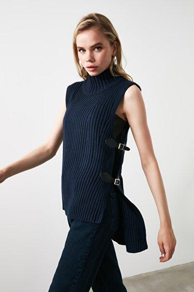 Lacivert Toka Detaylı Triko Bluz TWOAW20FV0117