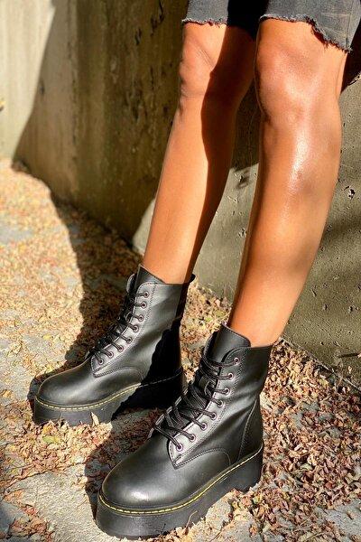 Siyah Cilt Kadın Bot KY92503