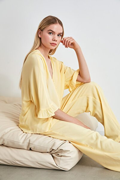 Sarı Kolları Fırfırlı Viskon Pijama Takımı THMSS20PT0130
