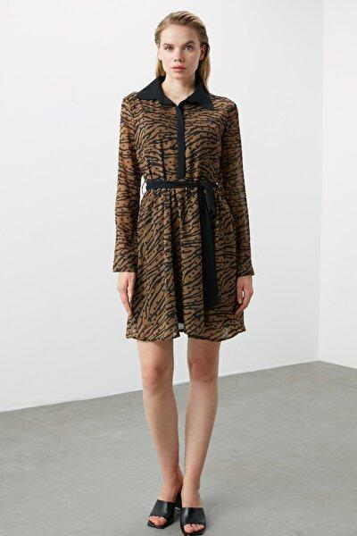 Çok Renkli Kuşaklı Elbise TWOAW21EL0295