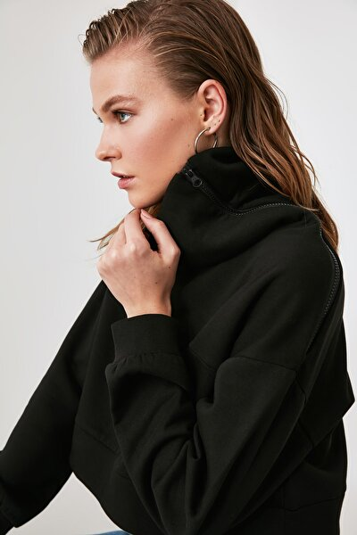 Siyah Fermuarlı Dik Yaka Crop Örme Sweatshirt TWOAW21SW0121