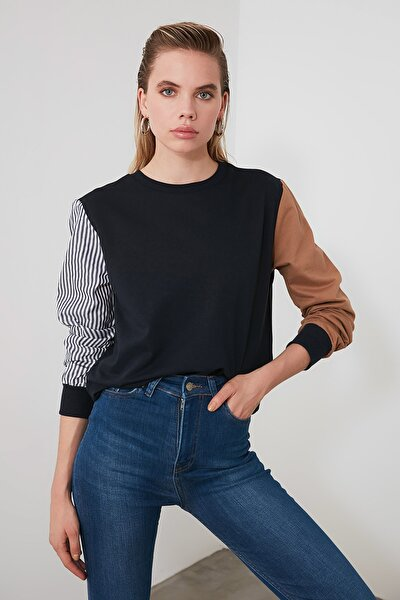 Lacivert Renk Bloklu Basic Örme Sweatshirt TWOAW20SW0052