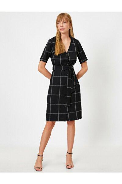 Kadın Siyah Dügmeli Kemerli Kisa Kollu Elbise