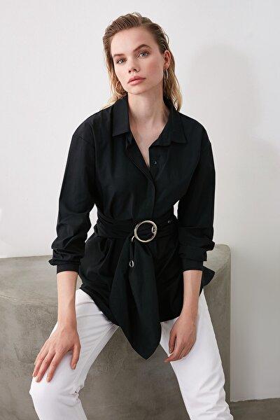 Siyah Kemerli Toka Detaylı Gömlek TWOAW20GO0099