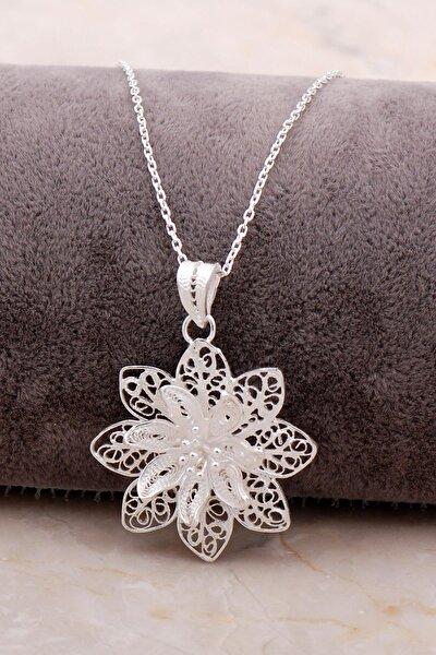 Telkari Işlemeli Gümüş Çiçekli Kolye 6875