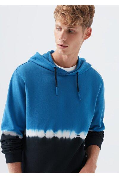Kapüşonlu Batik Desenli Sweatshirt