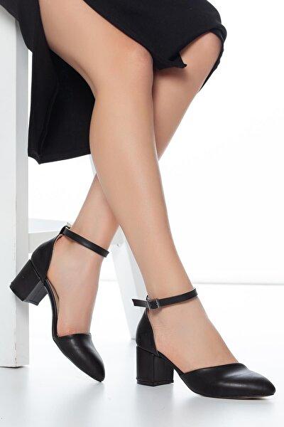 Kadın Siyah Tek Bant Kısa Topuklu Ayakkabı