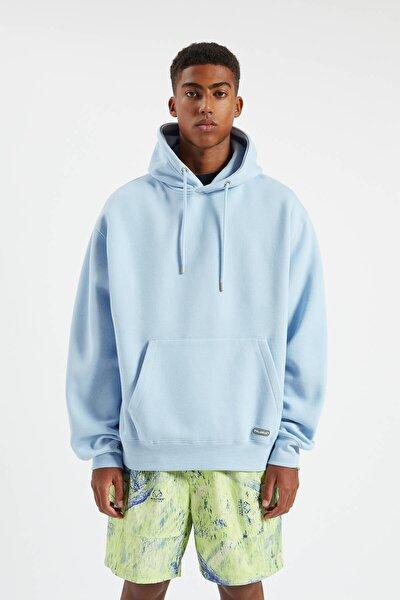 Erkek Gök Mavisi Kapüşonlu Kanguru Cepli Basic Sweatshirt 09594513