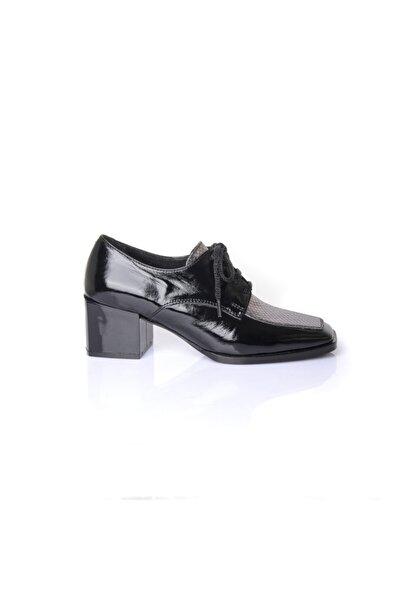 Kadın  Siyah Rugan Deri    Ayakkabı