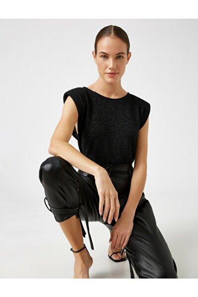 Kadın Siyah Vatkali Kayik Yaka Kolsuz Bluz