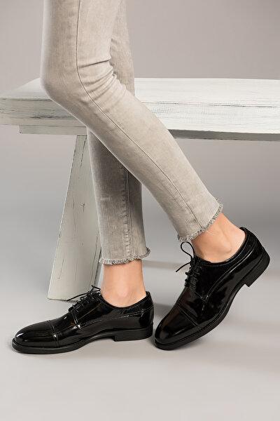 Siyah Kadın Klasik Ayakkabı 120130000281